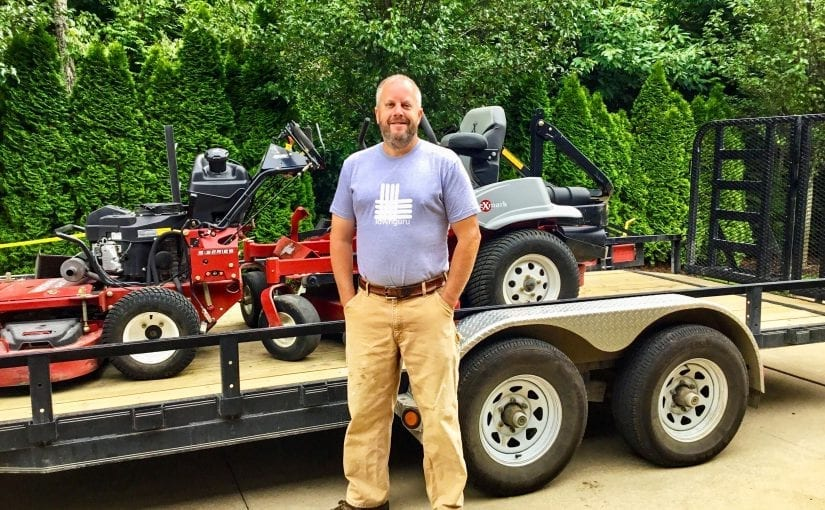 LawnGuru July Pro David with his Exmark Zero Turn Lazer Z Mowers